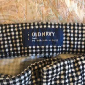 Old Navy Pants - Old Navy gingham pixie pants